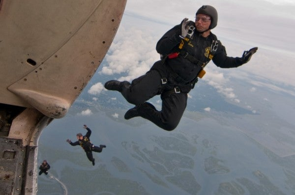 'We jump our faces off' — What it's like to be an Army Golden Knight