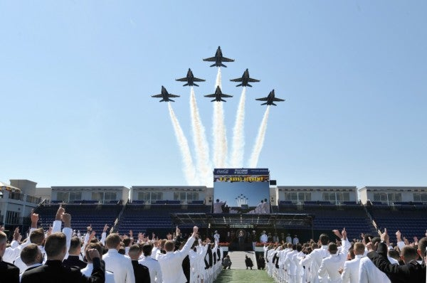Naval Academy midshipmen to be commissioned in groups due to COVID-19 concerns