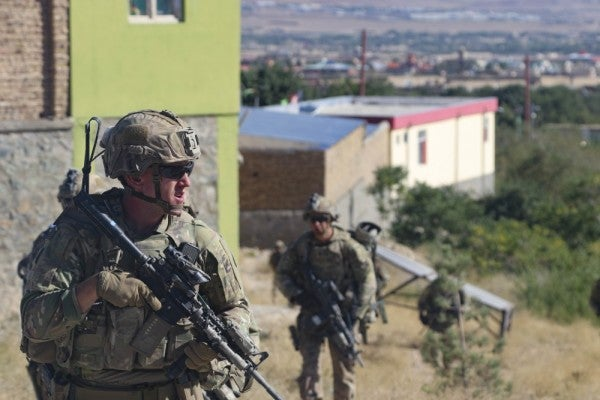 White House tentatively agrees to leave roughly 4,000 troops in Afghanistan beyond 2020 election