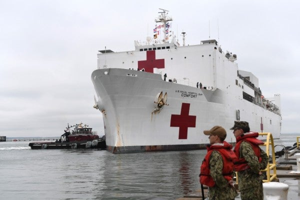 USNS Comfort crew member reportedly tests positive for COVID-19
