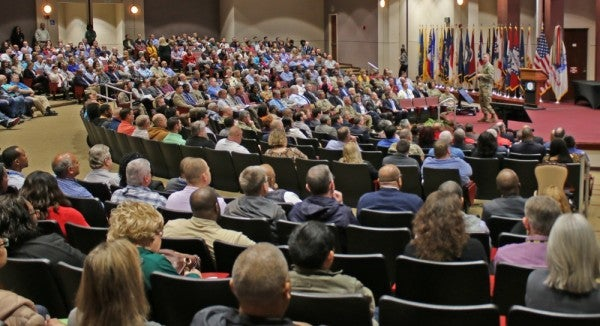 Pentagon won't set social distancing standards despite 'inconsistencies' at lower levels