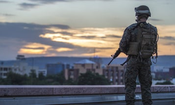 Report: Navy SEALs Strangled Green Beret To Death In Mali Over Stolen Cash