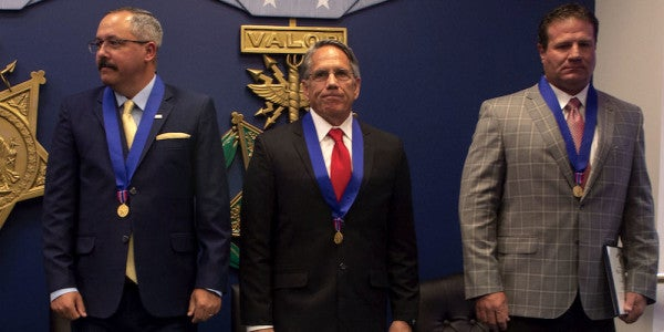 3 Defense Contractors Receive Medals Of Valor For Fighting Off Insurgents in Afghanistan