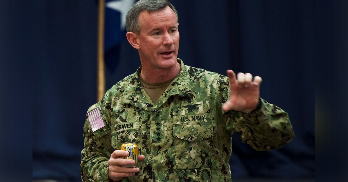 Obama gave Adm. McRaven a gift after the SEALs took out bin Laden: A tape measure