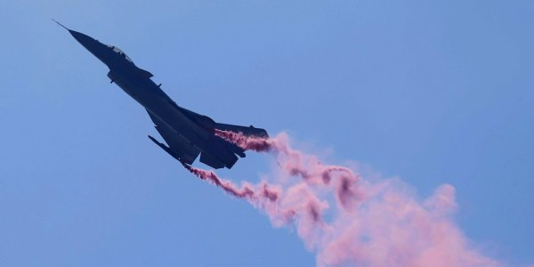 Watch China Show Off Its Newest Air Combat Capabilities In This Stunning Demo Flight