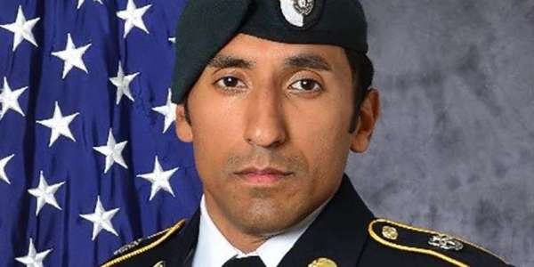 2 Navy SEALs, 2 Marines Charged With Murder In Green Beret's Strangling Death In Mali