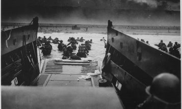 8 iconic photos from the invasion of Normandy