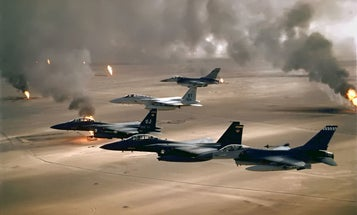 This Gulf War footage of an F-16 dodging 6 Iraqi missiles is insane