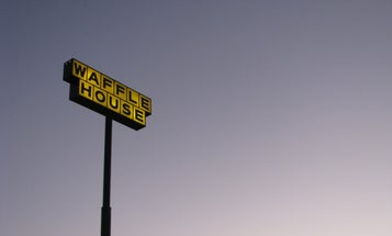 Check Out How This Vietnam Vet Defended A Waffle House From A Would-Be Robber