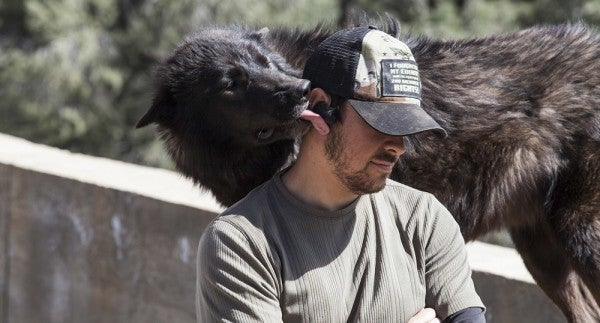 The Incredible Bond Between A Group Of Combat Vets And Wild Wolves