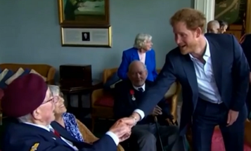 D-Day Veteran Calls Out Prince Harry For Not Wearing A Tie