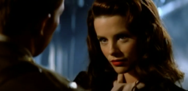 6 Reasons Why 'Pearl Harbor' Is A Terrible War Movie