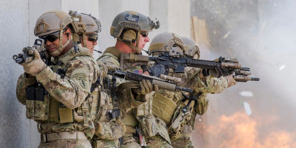 2 Female Officers Get A Shot At The Army's Green Beret