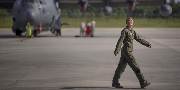 The Air Force's First Female Amputee Pilot Flies Again