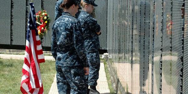 This Navy Veteran Calls Himself The 'Caretaker' Of The Vietnam Moving Wall