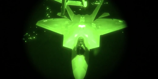 Watch F-22 Raptors Conduct Aerial Refuel During Anti-ISIS Mission