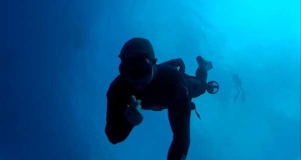 Check Out The Underwater Jet Boots Used By Navy SEALs