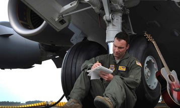 5 Companies Actively Hiring Student Vets And Transitioning Service Members
