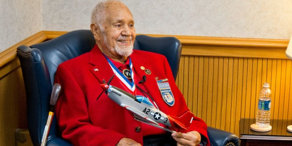 Leo Gray, Tuskegee Airman And Military Pioneer, Dies At 92