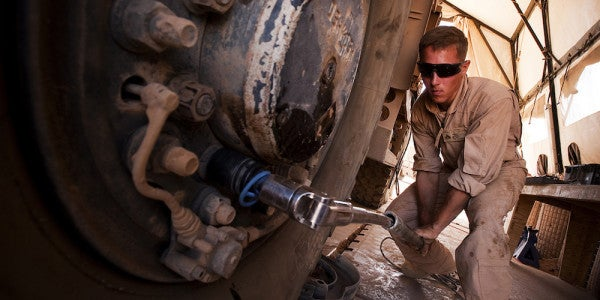 6 Companies With Maintenance Jobs Around The Country