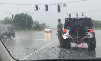 We Now Know Who The Soldier Is Photographed Saluting A Funeral Procession In The Rain