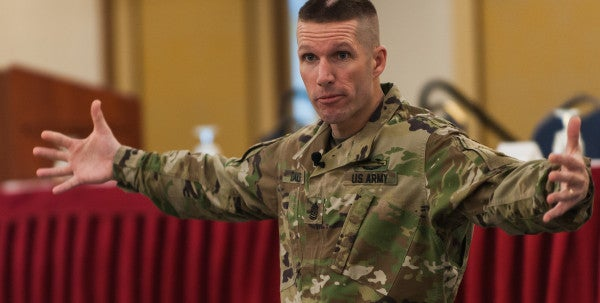 Army Mulls Creating New Pay Grades For Senior NCOs