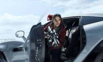 Watch Badass Actress Michelle Rodriguez Dominate This Gun Range