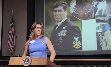 Transgender Navy SEAL To Trump: 'Let's Meet Face To Face And You Tell Me I'm Not Worthy'