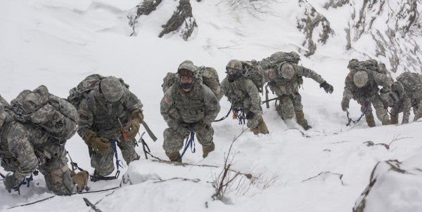 Army Develops Cloth That Could Drastically Improve Cold-Weather Uniforms