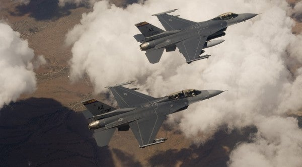 Fighter pilots have to conserve mental energy like it's jet fuel — here's how they do it