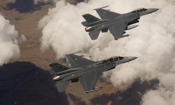 Iraqi Pilot Killed In Arizona F-16 Fighting Falcon Crash