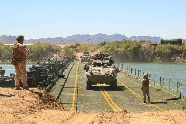 Watch Marines Place A Temporary Bridge Across The Colorado River