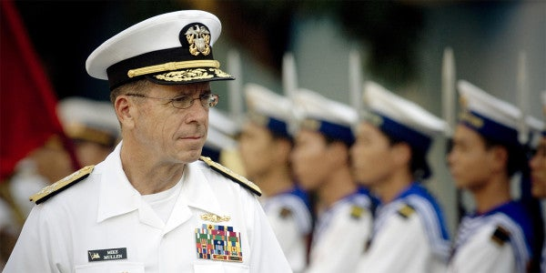 Americans' Trust in Generals Is A Problem: Former Joint Chiefs Chairman