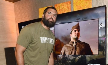 Alejandro Villanueva Dishes On Vets, NFL Protests, And 'Call Of Duty'