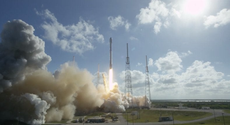 SpaceX plans to test a 7,500-mph rocket that could deliver weapons to troops downrange