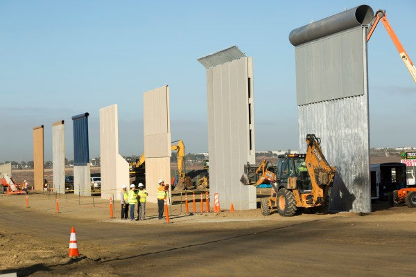 DHS: We Love Wall. Wall Good. Building Wall Quickly