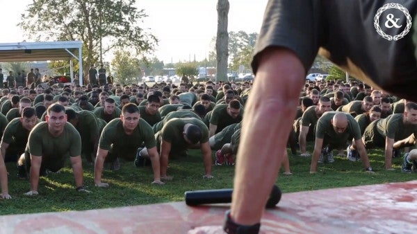The Marine Corps May Swap Crunches For Planks On PFT