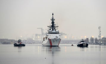 The Simple Way You Can Help Coast Guard Members During The Government Shutdown