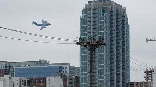 A C-17 Did A Low Pass Over Nashville And Scared The Absolute Hell Out Of Everyone