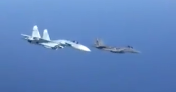 Intense Footage Shows A Russian Fighter Veering Into A US Air Force F-15