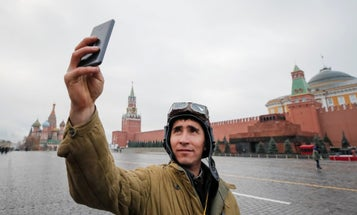 Russia to soldiers: Stop giving away your locations online