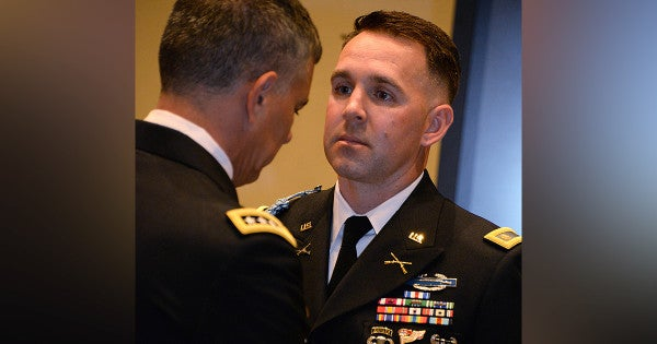 Soldier awarded Distinguished Service Cross for picking up live grenade and throwing it back at the enemy