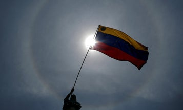 'It's time to rise up,' Venezuelan general tells military officers in video
