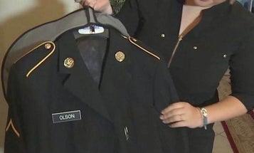 Florida guarantees high school students can wear military dress uniforms at graduation