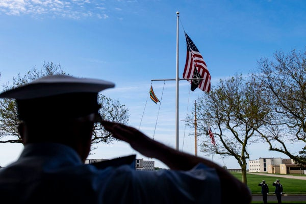 A viral Army tweet paints a harrowing picture of the sacrifices made in military service