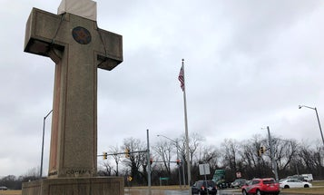 Supreme Court rules that Maryland 'Peace Cross' honoring WWI military dead may remain standing