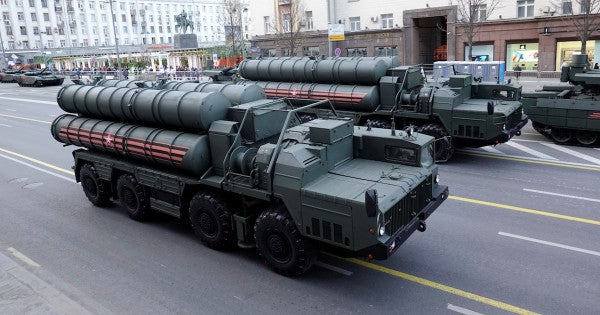 Russia delivers first S-400 missile system to Turkey in challenge to NATO