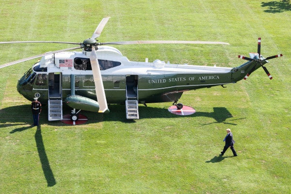 Trump's new helicopter has a flaw: It scorches the White House lawn