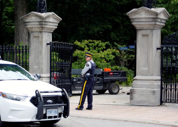 Armed Canadian soldier arrested after ramming through gates of Prime Minister's home