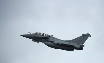 A French fighter jet's sonic boom scared the bejesus out of Paris